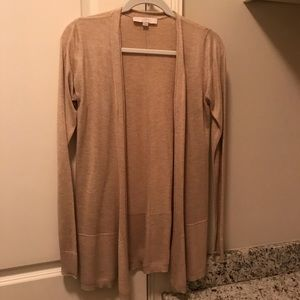 Beige loft cardi with cute details
